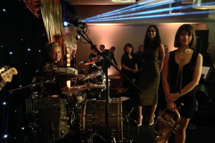 Quintet-All-Girls-Jazz-Swing-Band4