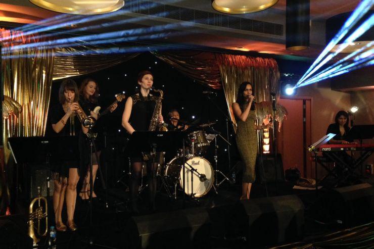 Quintet-All-Girls-Jazz-Swing-Band8