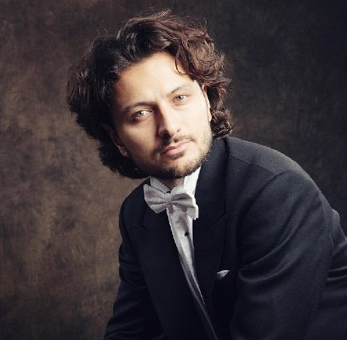 Classical Italian Tenor & Solo Opera Singer in London - Music for London