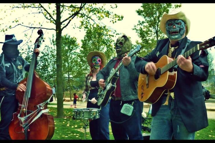 Halloween Themed Busking Musicians