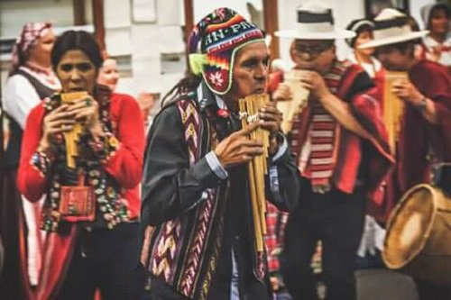 Musicians from the Andes in the UK