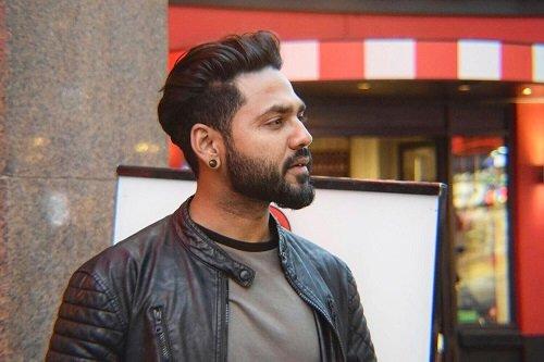 Hackle - Bollywood Musician