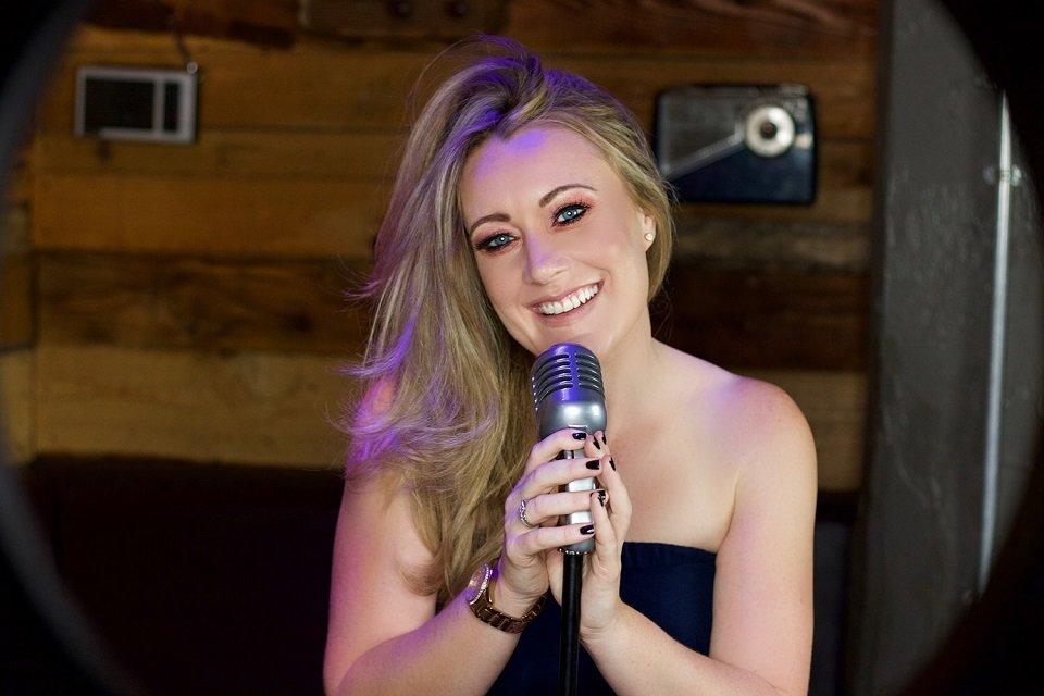 Solo Female Singer in London