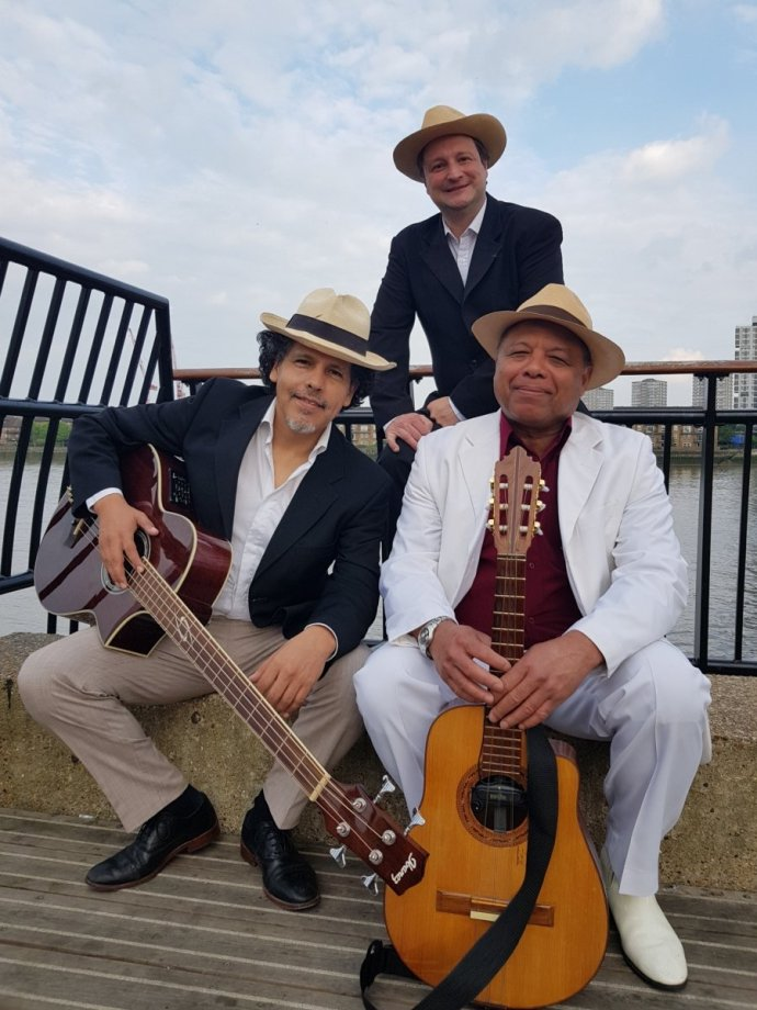 Professional South American Latin Busking Bands Hire in London