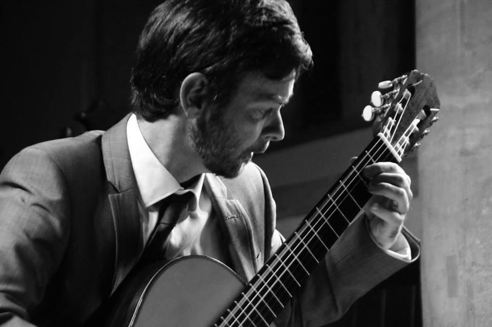 Classical Guitarist in London