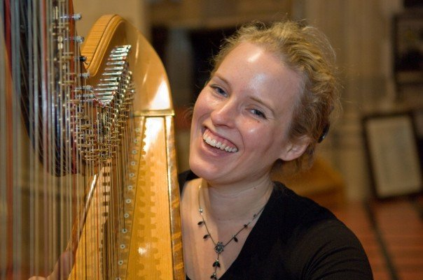 Professional Harpist for Hire
