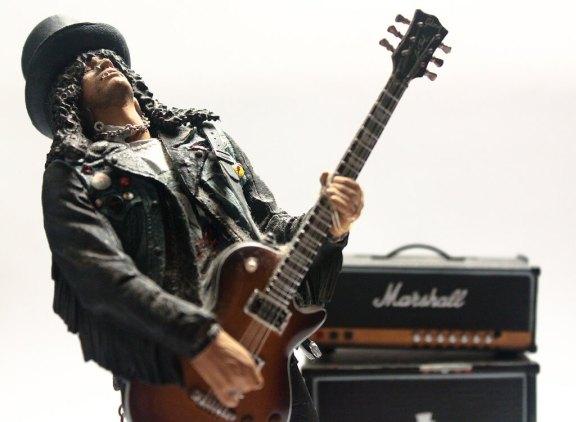 Guitar Music Lessons from 5 Guitar Greats Like Slash Joe and Satriani