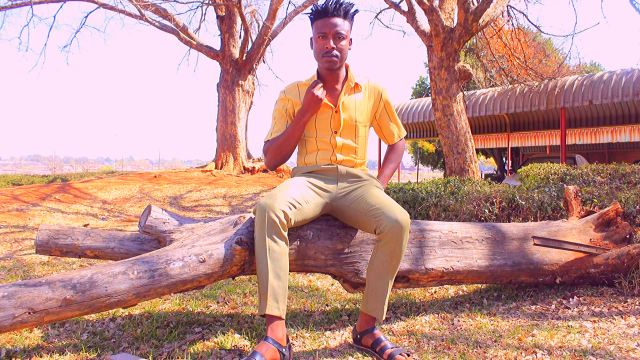 GLOBAL FASHION SPOTLIGHT: 29 year old Fashion entrepreneur 'Bobo Moko' from SABC's Expresso 'Presenter Search on 3' talks about his own 'Moko Originals' shoe and fashion brand