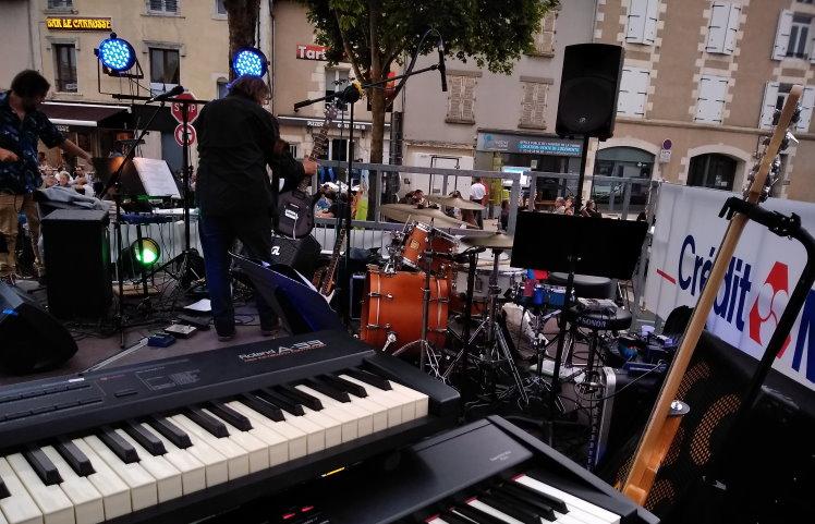 Groupe rock fete de la musique neuville de poitou
