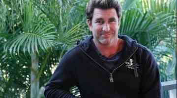 A Session With Pete Murray, Songwriter/Recording + Touring Artist