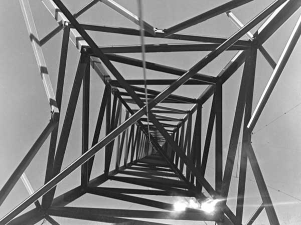 Looking up one of the transmission towers at Auckland Radio, 29 August 1946.