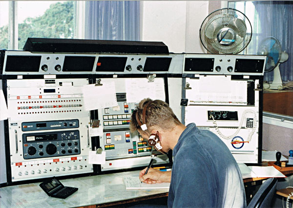 Auckland Radio ZLD SSB desk at Musick Point