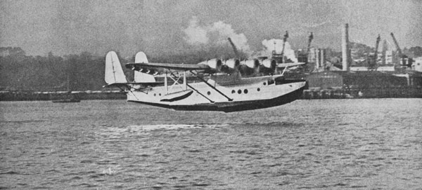 Samoan Clipper taking off from Auckland on a sightseeing flight, 2 Apr 1937