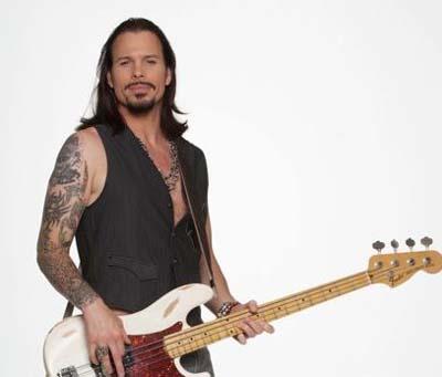 Sean McNabb bass