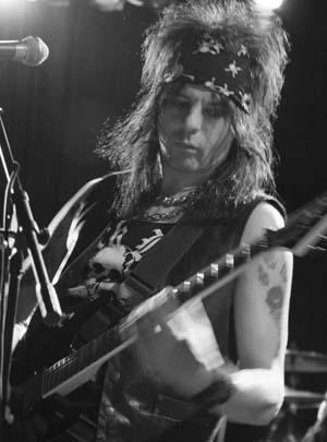 Stacey Blades Interview: L.A. Guns Guitarist (December 2008)