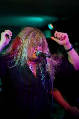Steve Grimmett singer