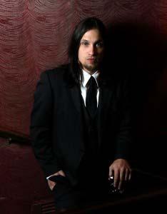 Travis T. Warren singer