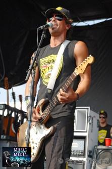 PEPPER VANS WARPED TOUR 2011 CAMDEN NEW JERSEY 04