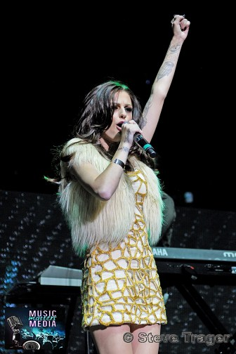 CHER LLOYD Q102 JINGLE BALL 2012 WELLS FARGO CENTER PHILADELPHIA PA 16