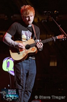 ED SHEERAN Q102 JINGLE BALL 2012 WELLS FARGO CENTER PHILADELPHIA PA 12