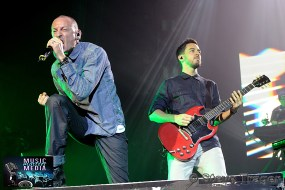 LINKIN PARK LIVE DURING THEIR HEADLINER TOUR IN 2012 14