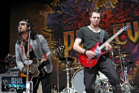 POP EVIL 93.3 WMMRBQ 2012 SUSQUEHANNA BANK CENTER CAMDEN NEW JERSEY 11
