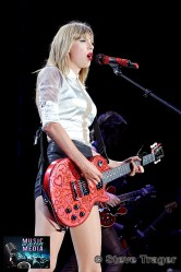 TAYLOR SWIFT THE RED TOUR 2013 LINCOLN FINANCIAL FIELD PHILADELPHIA PA STEVE TRAGER 13