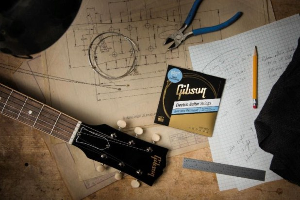 Gibson-New 'Vintage Reissue,' 'Brite Wire' And 'Acoustic' String