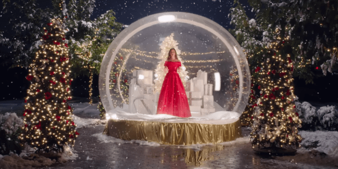 Lea Michele Debuts Music Video For Christmas In New York