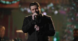 "Chris Young performing at the 2019 ""CMA Country Christmas"" special filmed at Belmont's Curb Event Center in Nashville, Tennessee. ""CMA Country Christmas"" will air on Tuesday, December 3 on ABC."