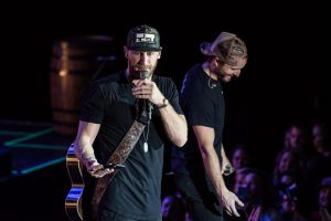 Photos Chase Rice Wraps Up His Year In Philadelphia On Am