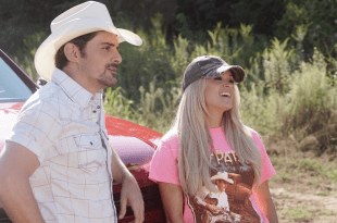 Brad Paisley and Carrie Underwood | Photo: ABC/Mark Levine