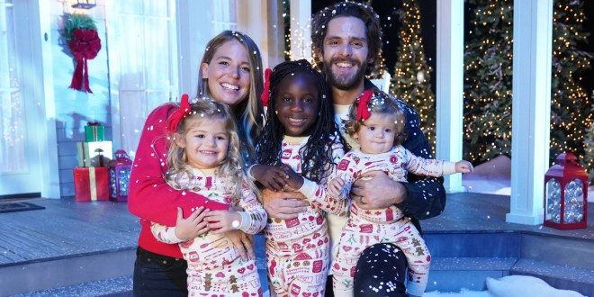 Thomas Rhett, Lauren Akins And Family; Photo Courtesy of CMA Country Christmas