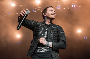 Shinedown; Photo by Andrew Wendowski