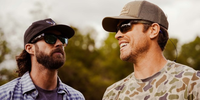 Dustin Lynch and Riley Green; Photo by Cooper Smith
