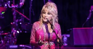 Dolly Parton; Photo by Andrew Wendowski