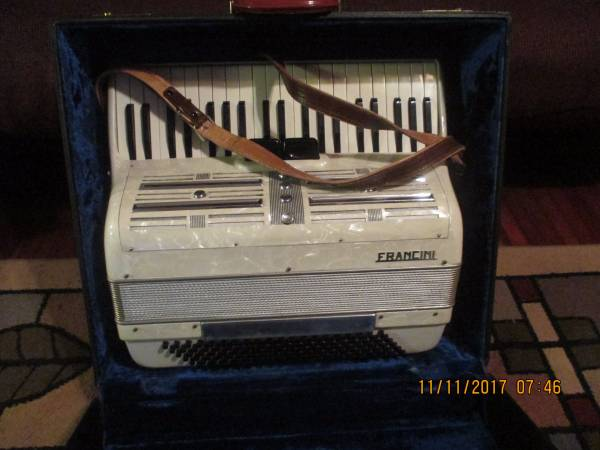 Francini Made in Italy Mother of Pearl Accordion With Case