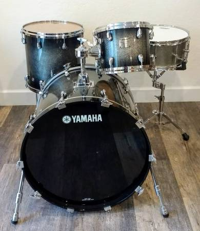 Yamaha Maple Custom Absolute Nouveau Drums