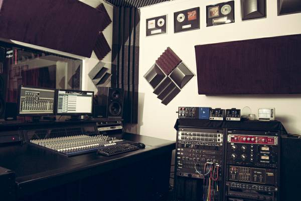 SCHOOL For The RECORDING Arts!