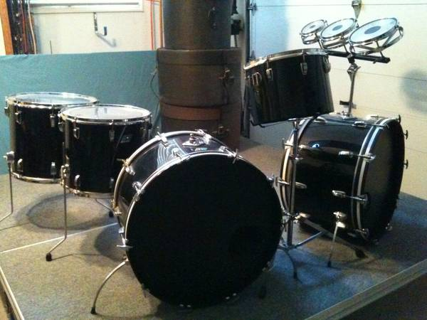 CLASSIC LUDWIG VISTALITE DRUMS