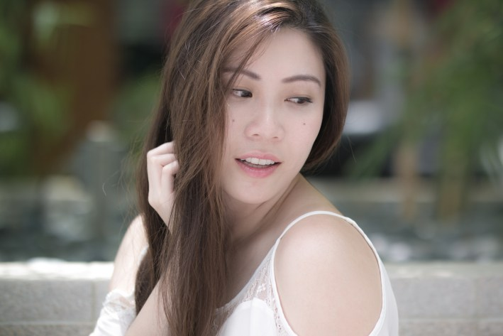 Annaling Chua photography by Chester Tan