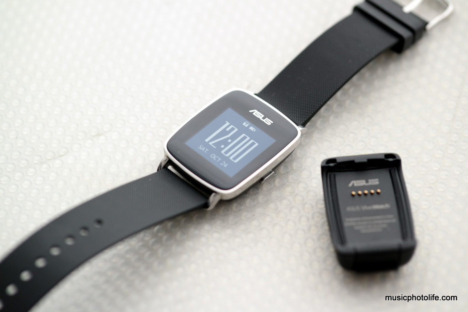 ASUS VivoWatch Review: Most Elegant Activity Tracker