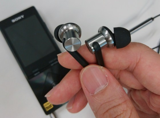 Mi In-Ear Headphones Pro review by musicphotolife.com