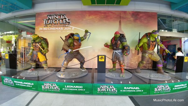 Teenage Mutant Ninja Turtles movie statues outside Orchard Cineleisure