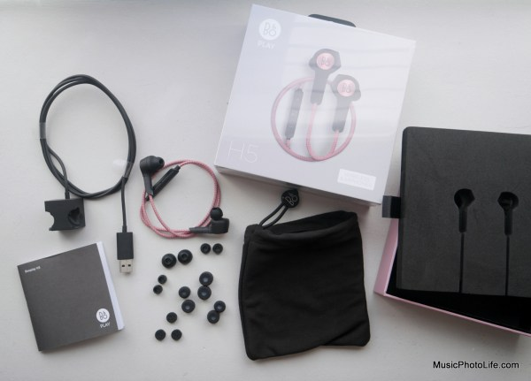 Beoplay H5 lay flat unboxing