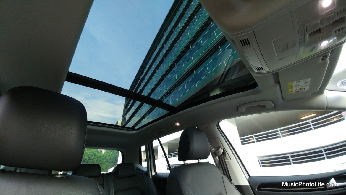 Volkswagen Sportsvan sunroof view from car interior