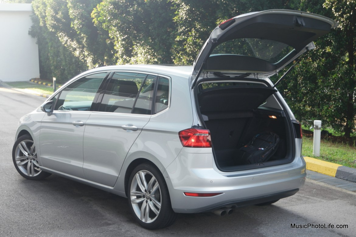 Volkswagen Sportsvan boot space