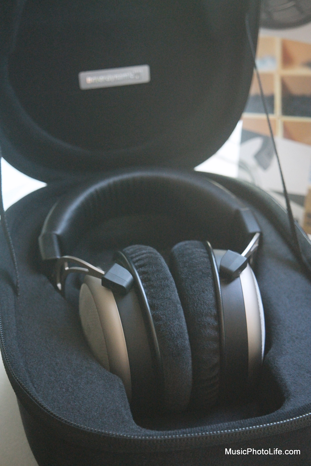 Beyerdynamic T1 2nd Generation in box