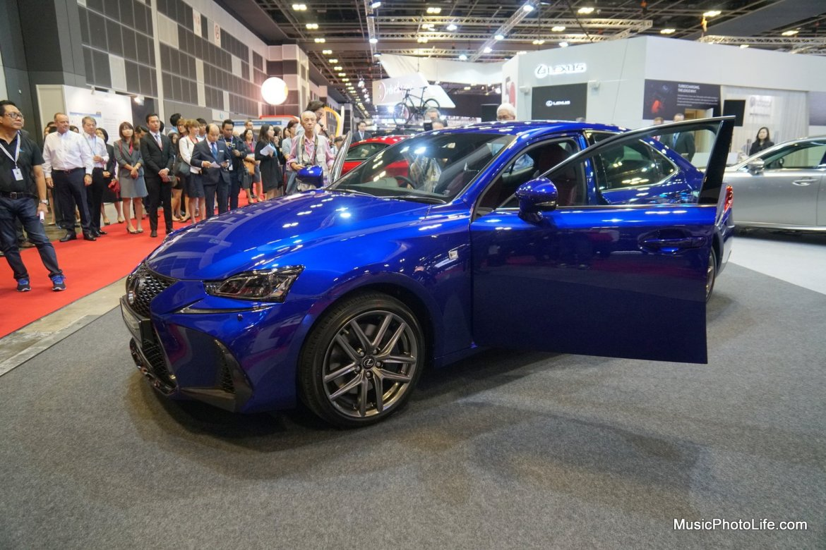 Lexus IS Turbo