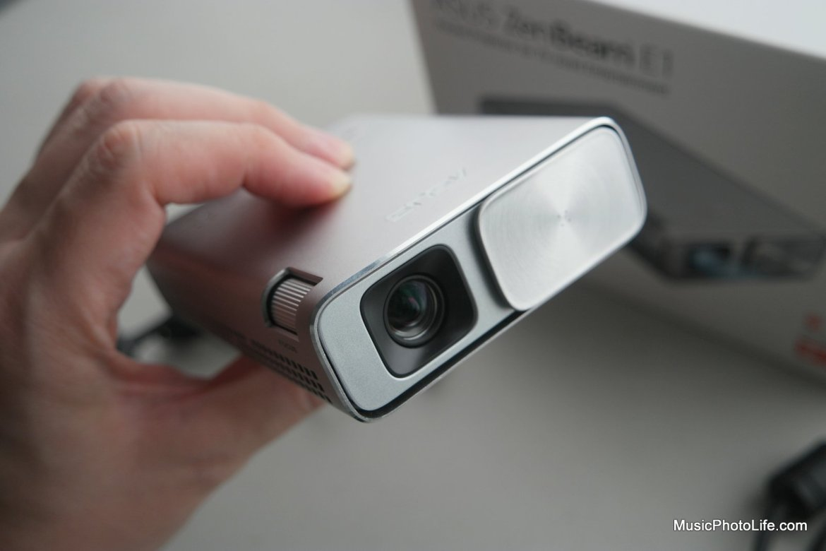 ASUS ZenBeam E1 projector with slide lens cover